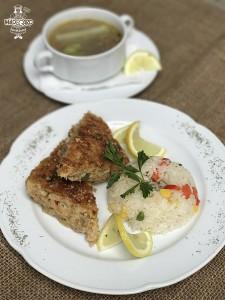 Budín de atun con arroz primavera